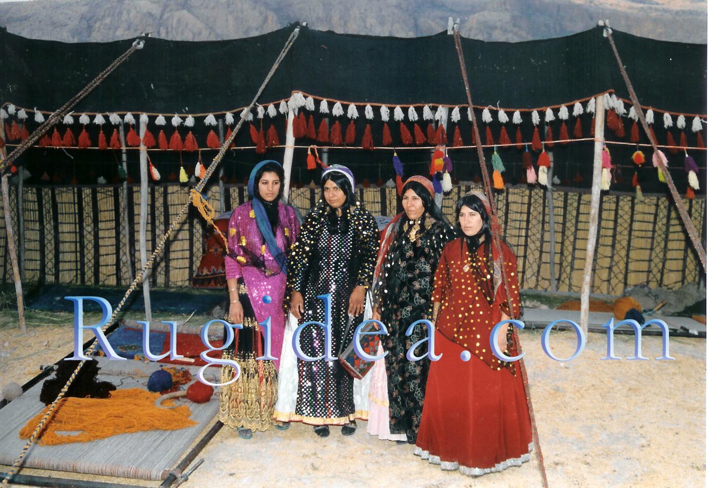 Qshaqai Tibal Nomadic Rugs Carpets Kashkouli Vegetable Dye